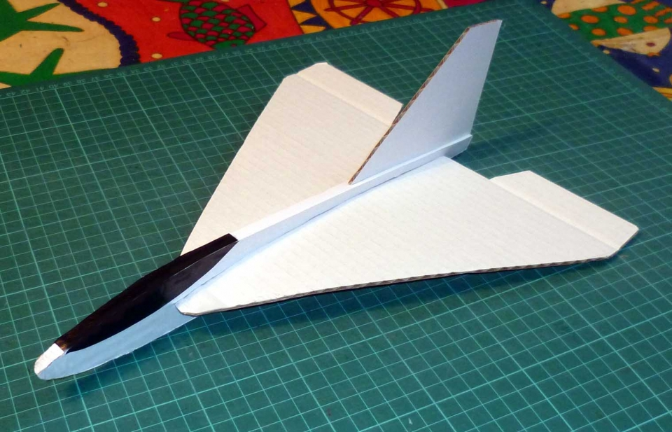Using Paper And Corrugated Board For Aircraft Designs